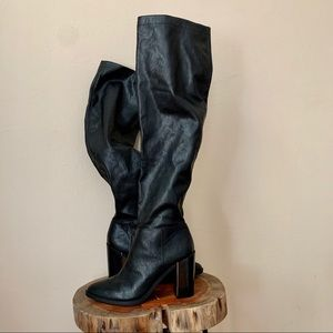 Nine West Wingito Tall Black Boot Over Knee 8.5M